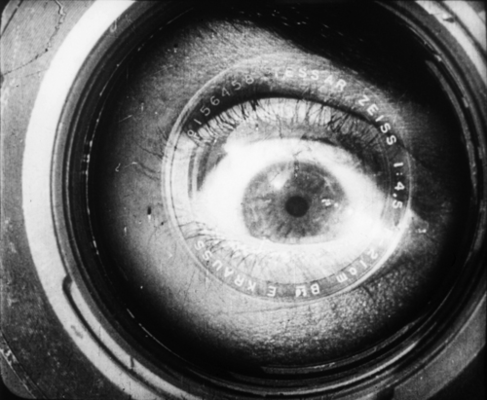 Man_with_a_movie_camera_1929_2